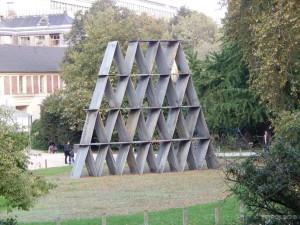 Zanimljiva skulptura u Jardin des Plantes