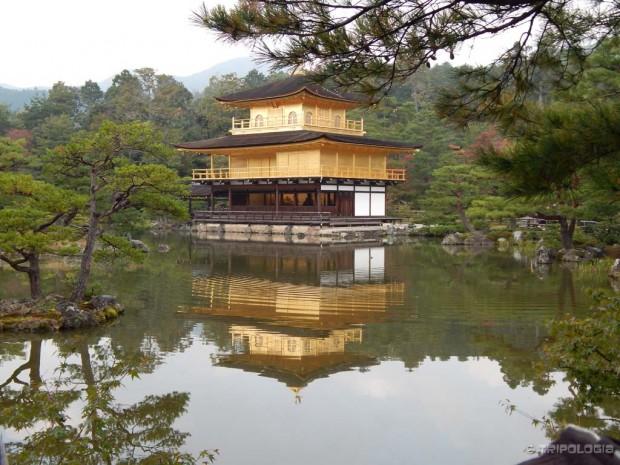 Kinkaku-ji hram - Kyoto, Japan