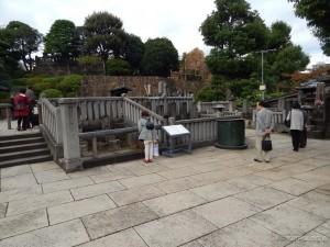 Japanci i danas odaju počast na groblju 47 Ronina