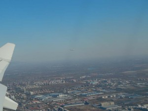 Bye-bye Peking, nego nije li nam ovaj drugi avion preblizu