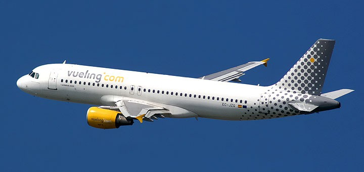 Airbus_A320_Vueling-720