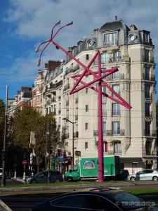 U Parizu su i bandere zanimljive