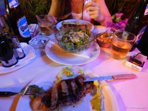 Komad mesa za večeru