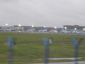 Autocesta prolazi neobično blizu Jorge Newbery aerodroma