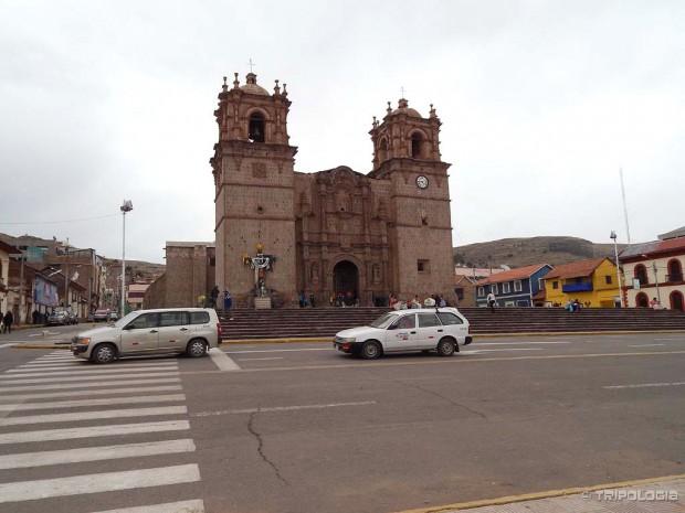 Glavni trg Plaza de Armas i katedrala Punoa