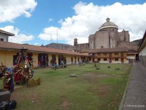 U dvorištu samostana Santa Cataline