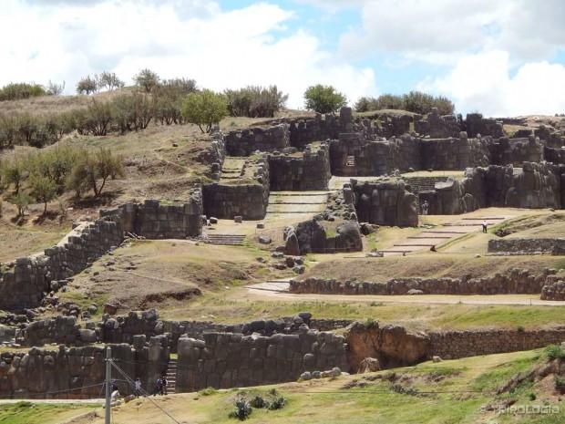 Saqsayhuaman - utvrda iz 11. stoljeća iznad Cusca
