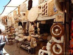 Proizvodi od alpake na nedjeljnom sajmu