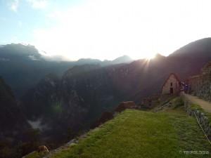 Izlazak sunca iznad Machu Picchua