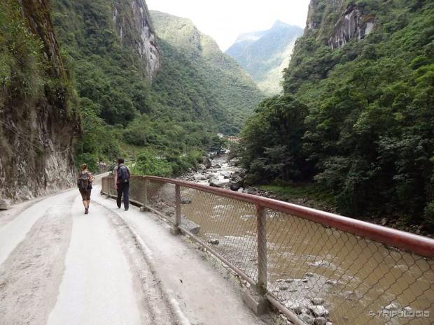 Kanjon rijeke Urubambe nas vodi od Machu Picchua prema Aguas Calientesu