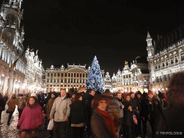 Adventsko osvjetljenje na glavnom trgu Brisela - Grand Markt
