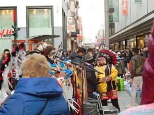Indijanci u glavnoj briselskoj ulici