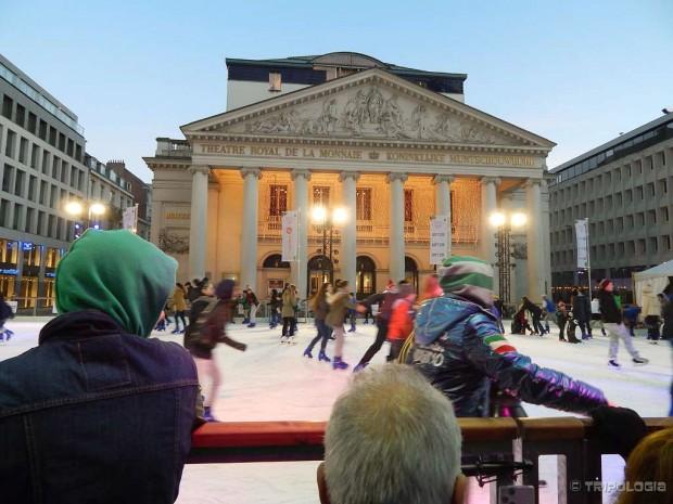 Klizalište ispred zgrade opere