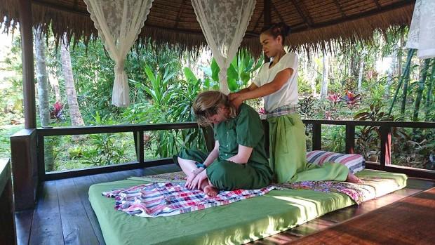 Tajlandska masaža u kućici I