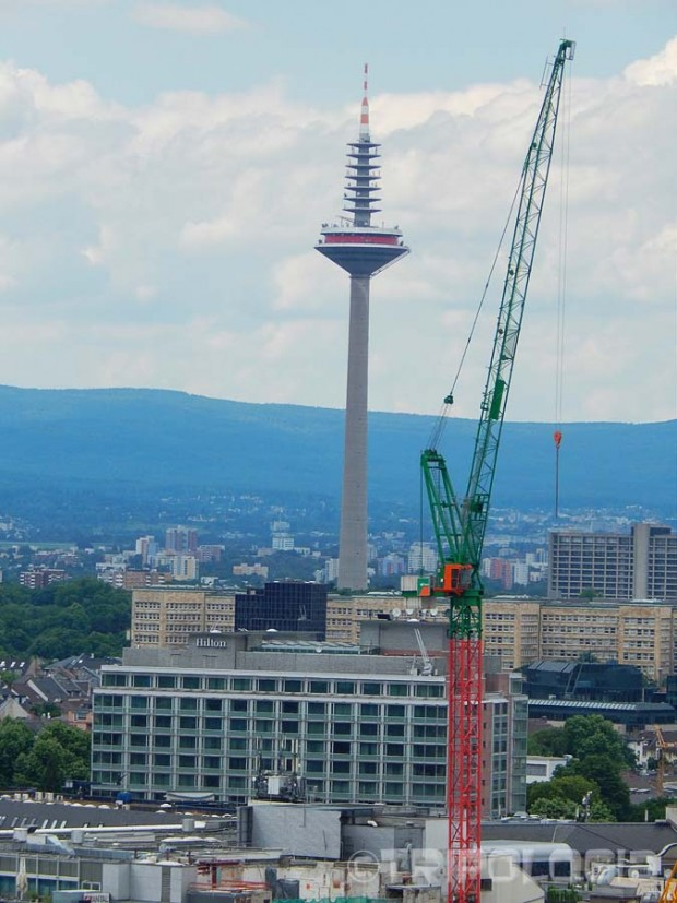 Europaturm - najviša građevina u gradu, 337 metara visok toranj