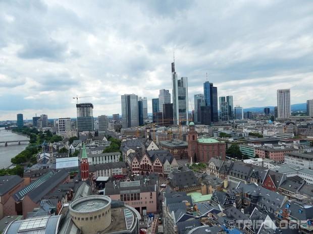 Pogled sa tornja katedrale- zapad, novi grad