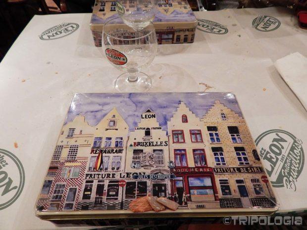 Pravi suvenir, belgijski keksi u autentičnoj limenoj kutiji
