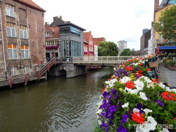 Lijepi kanali Genta i romantični mostovi preko njih