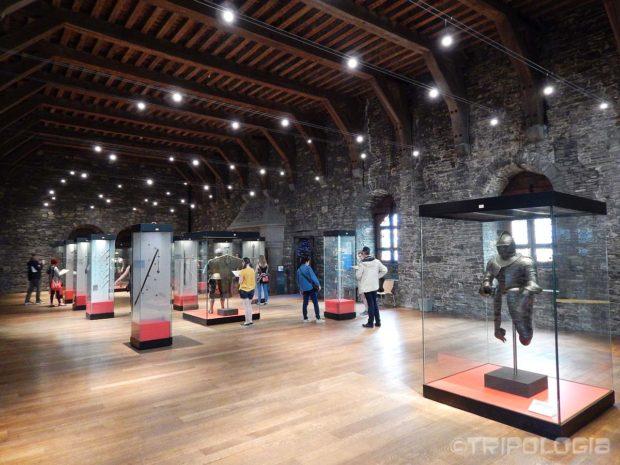 Gravensteen - dvorana sa oklopima vitezova i srednjovjekovnim oružjem