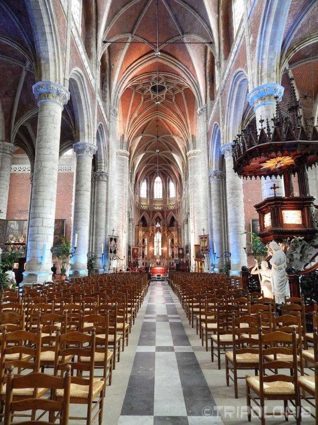 Unutrašnjost crkve Sv. Mihaela