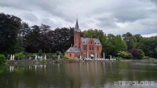 Romantični dvorac Castle de la Faille na jezeru ljubavi