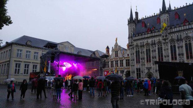 Kišni koncert na Burg trgu