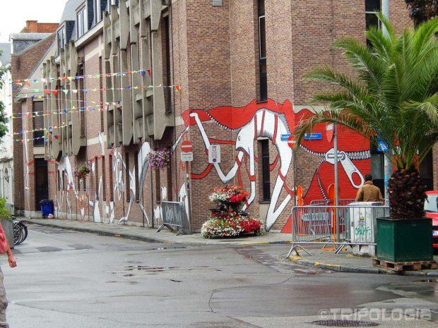 ...kao što je ovaj zidni mural...