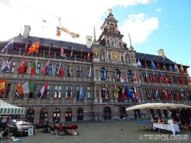 Antwerpenska gradska vijećnica